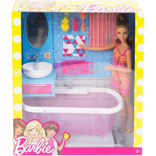 دمية باربي ومجموعة لعب الحمام